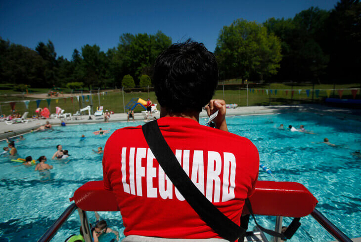 best-summer-jobs-for-students-lifeguard-02