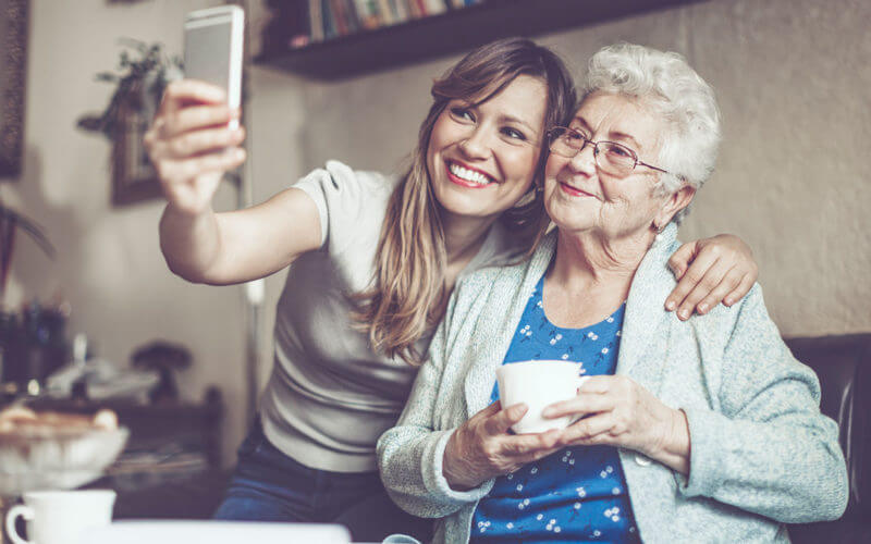 companionship-apps-connect-elderly-people-students-03