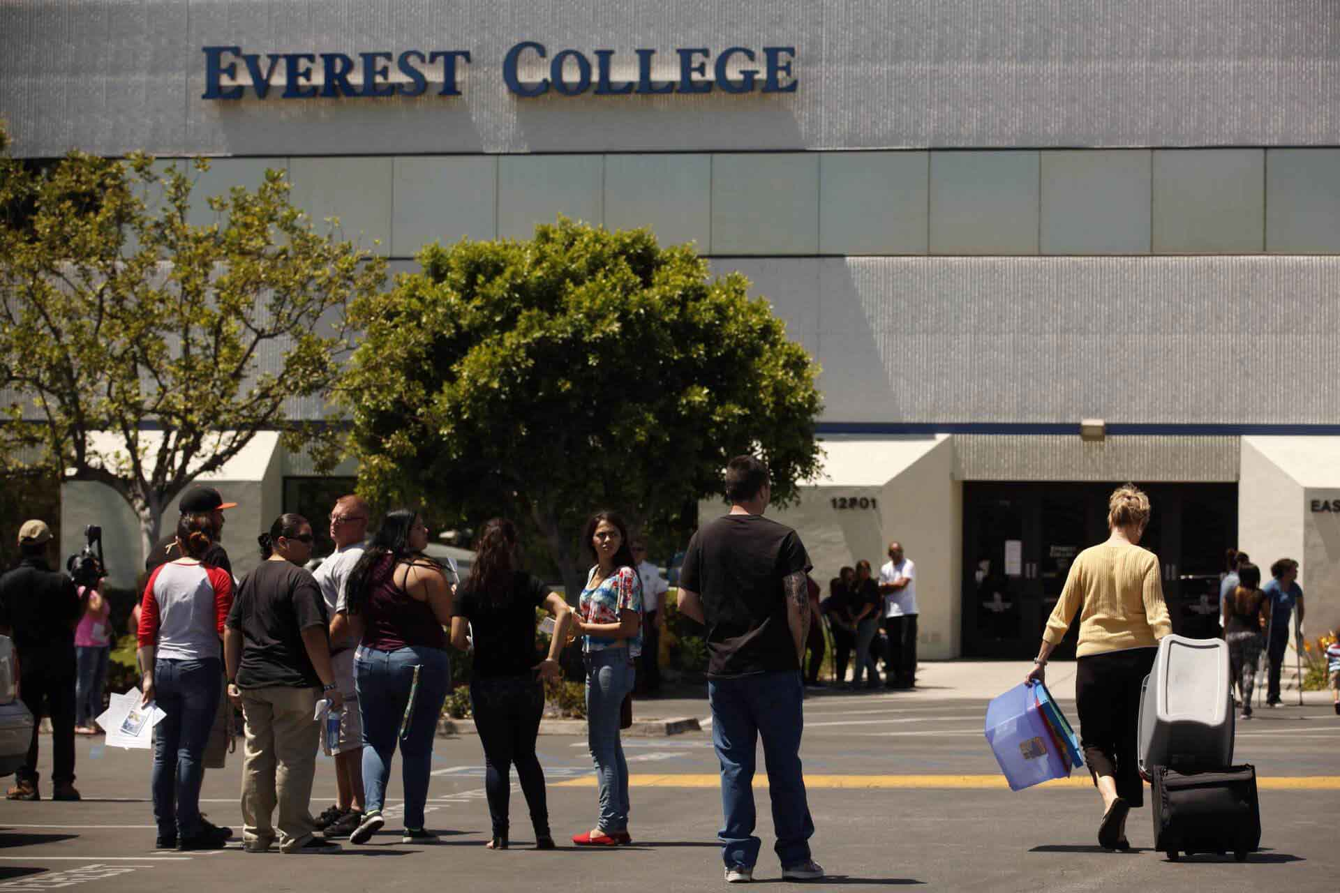 corinthian-colleges-scandal-01