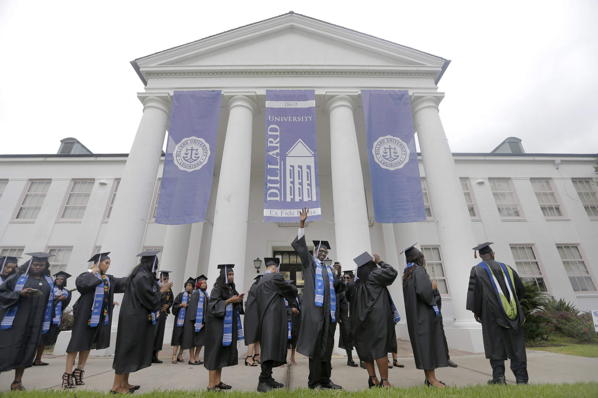 dillard-university-commencement