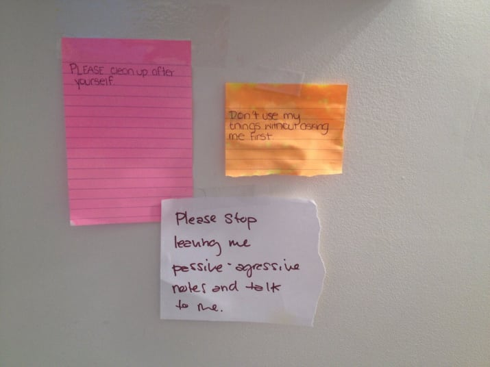 18-examples-of-why-being-a-college-roommate-Is-a-bad-idea-7