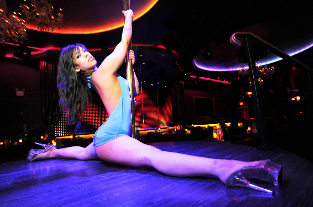 uk-university-spends-thousands-on-student-strippers-01