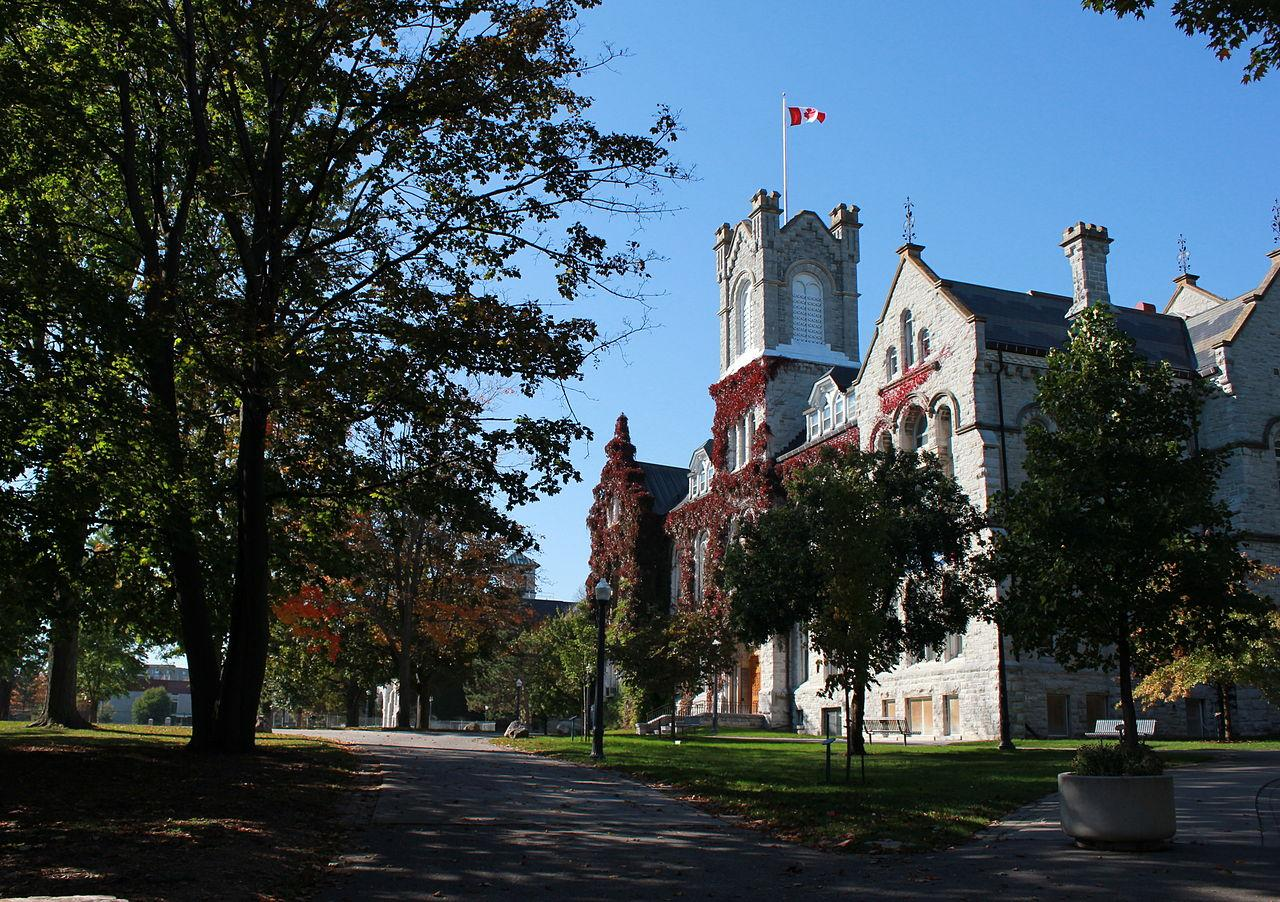 10-canadian-universities-with-highest-graduation-rates-1.jpg