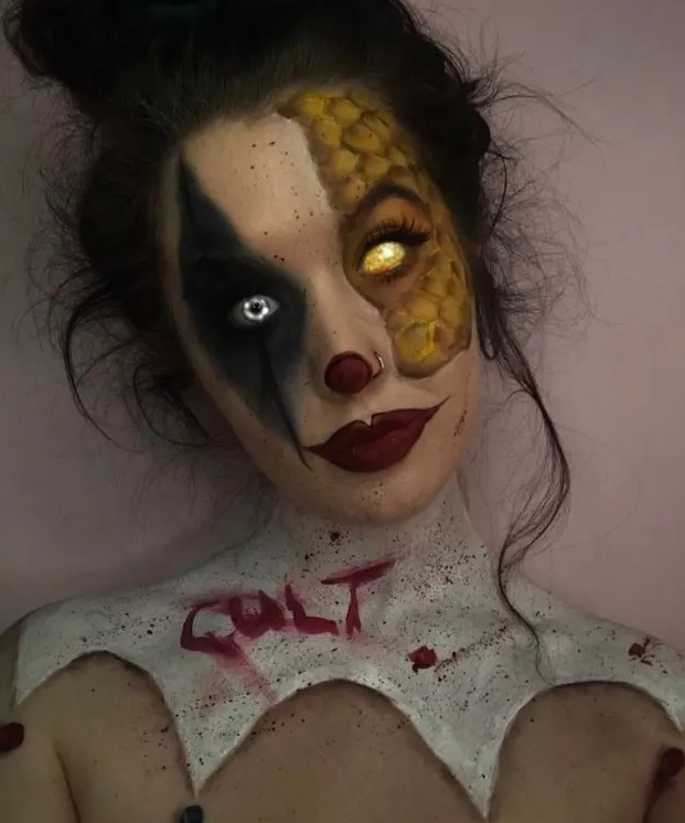 9-students-halloween-costumes-that-are-creepy-as-hell-9.jpg