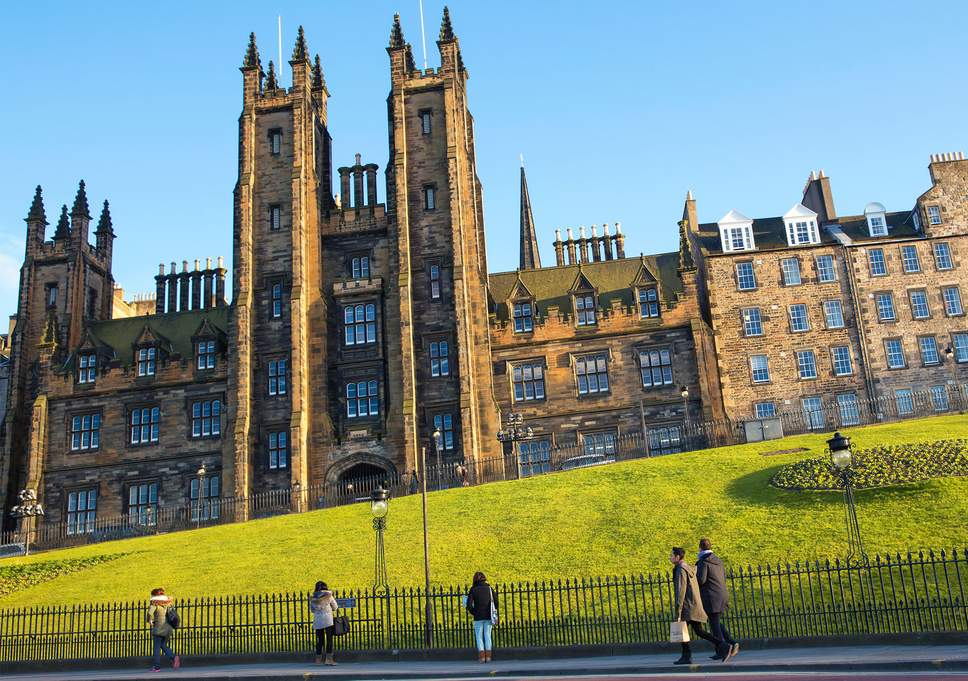 edinburgh-uni-makes-students-life-safer-1.jpg