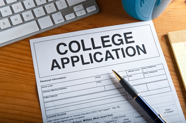3-common-myths-about-early-college-application-1.jpg