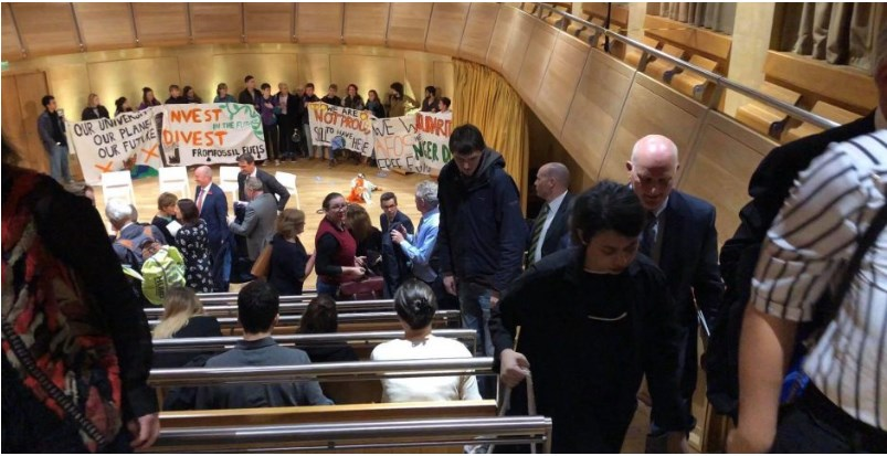 cambridge-students-protest-climate-change