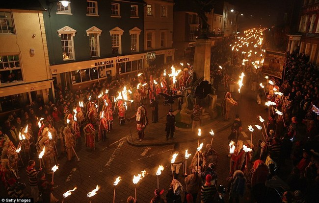 uk-bonfire-night-celebrations-03