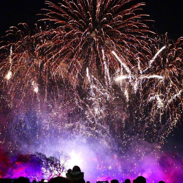 uk-bonfire-night-celebrations-07