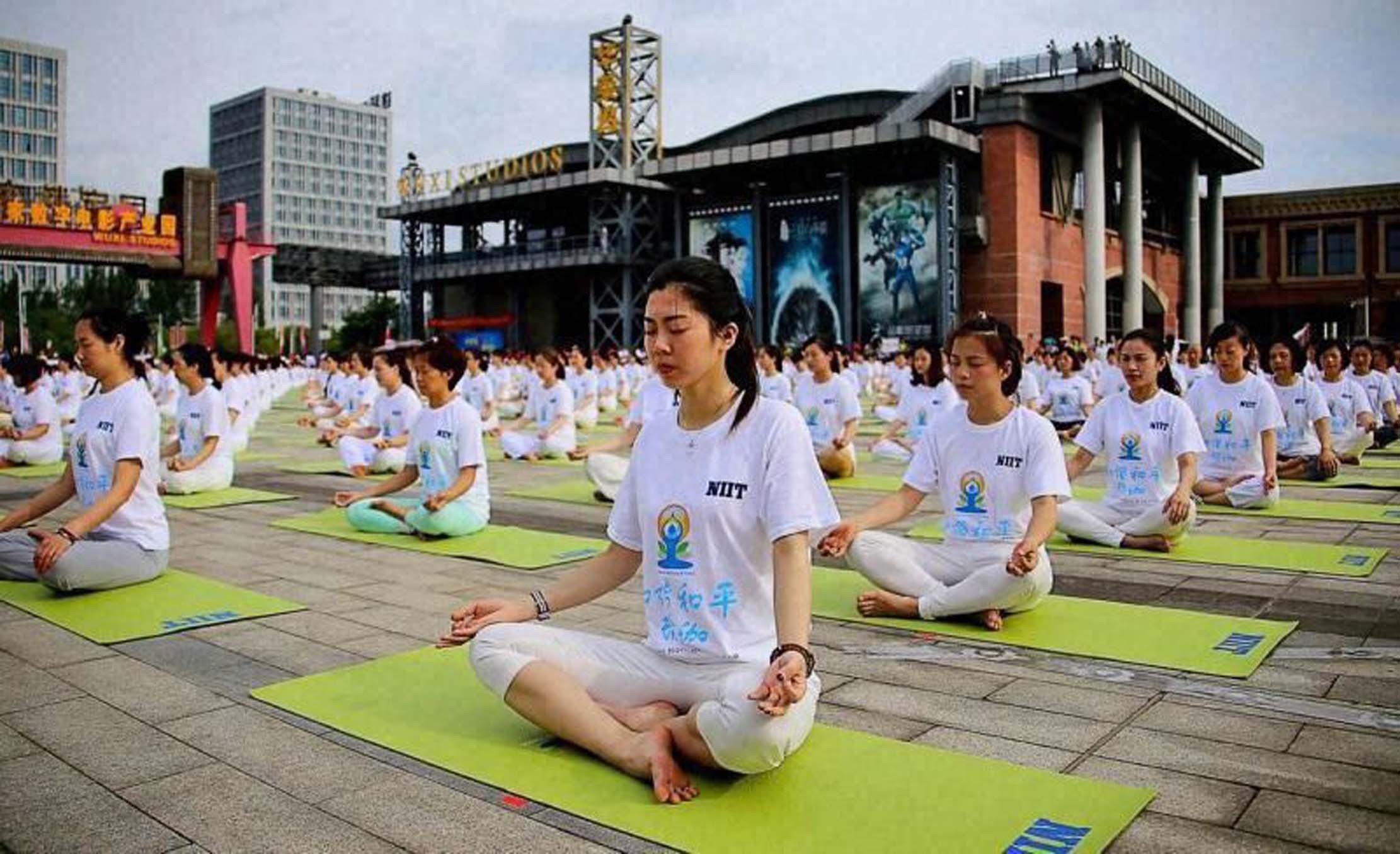 china-india-yoga-college-opens-50-more-branches-2.jpg