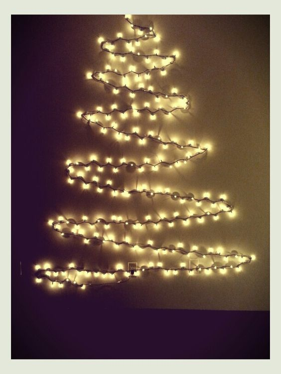 Typical Dorm Room: How Students Can Prepare Dorm Room For Christmas Holidays