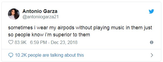 funniest-airpods-memes-06