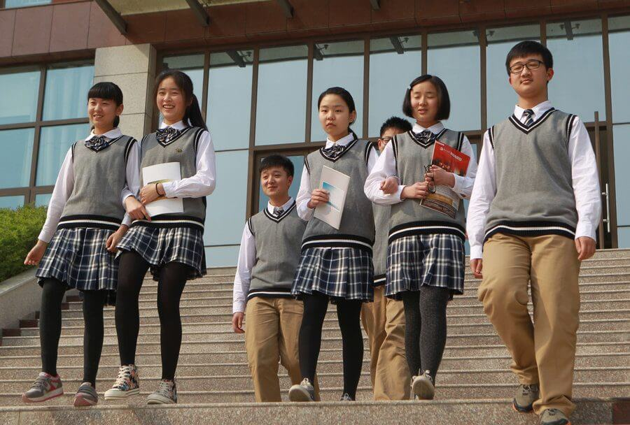 smart-school-uniforms-china-01