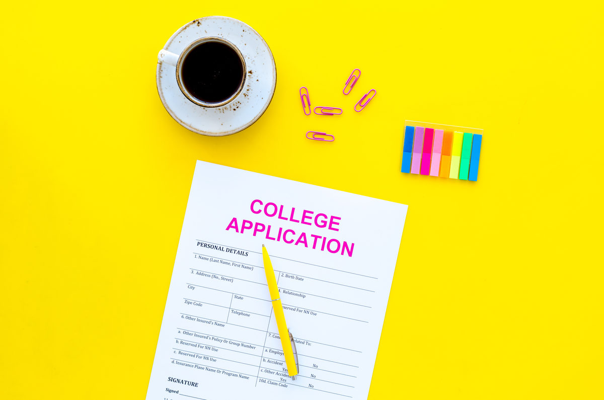 10-things-student-should-do-before-submitting-their-college-application.jpg