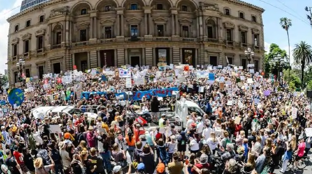 australian-students-strike-for-climate-change-2