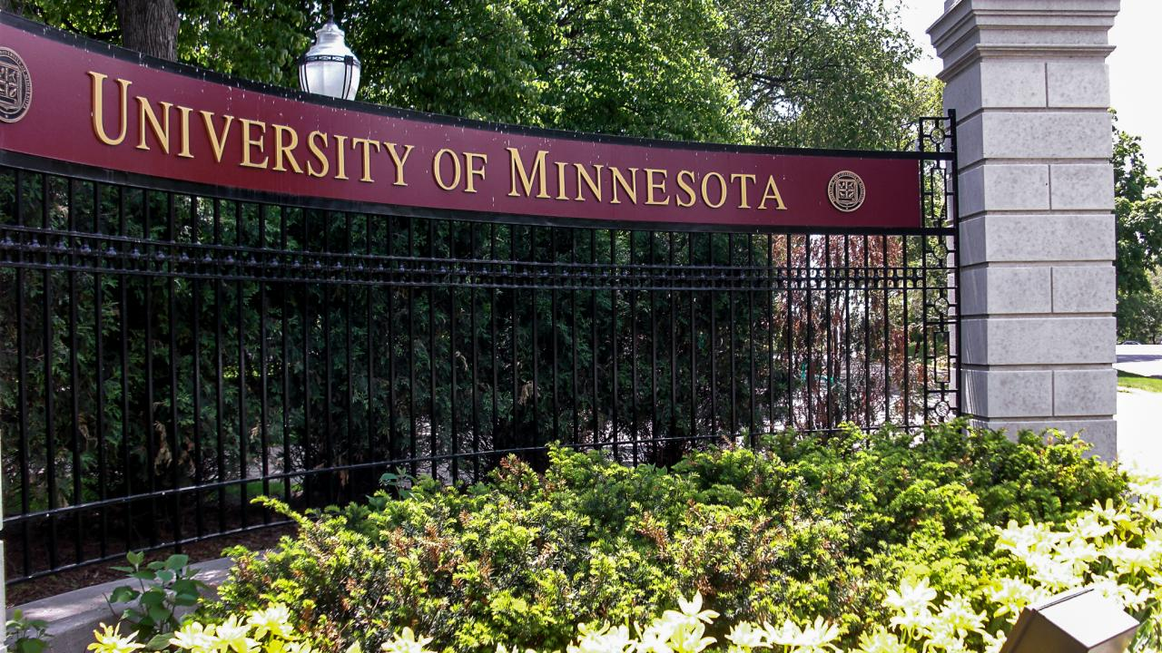 minnesota-university-student-goes-viral-1.jpg