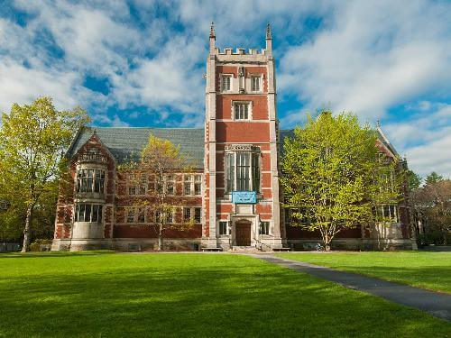 5-us-colleges-with-best-food-1.jpg