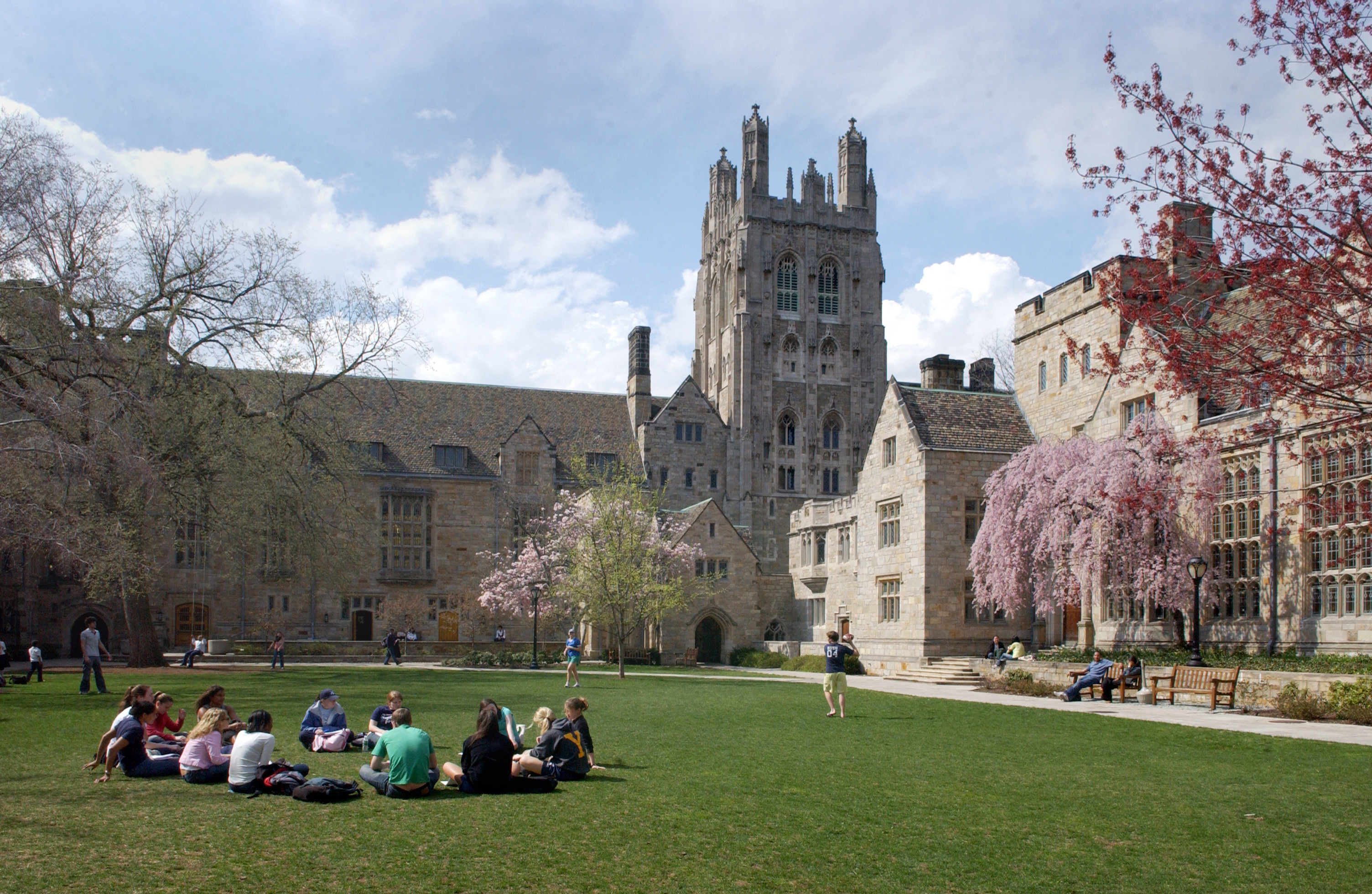 yale-canceled-student-admissions-related-to-scandal-2.jpg