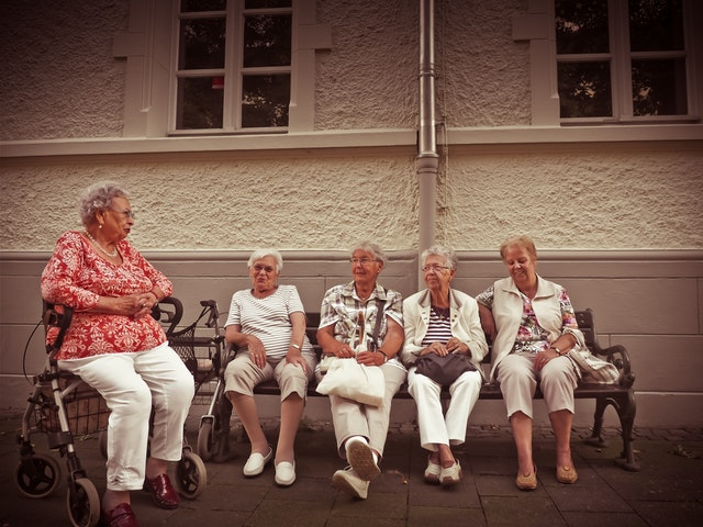 elderly-people-home-furnishing-01