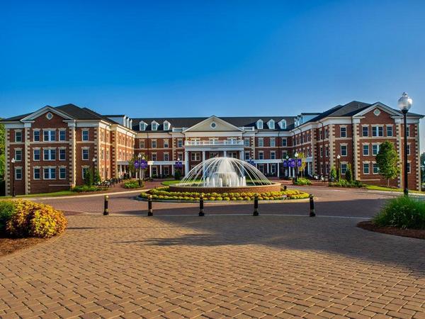 10-best-us-college-dorms-06