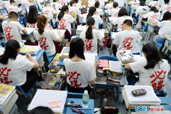 gaokao-toughest-exam-in-the-world-01